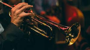 Jazz'inn è un format proposto da Fondazione Ampioraggio sperimentato per la prima volta nel 2017, in occasione del Jazz Festival Sotto le Stelle di Pietrelcina (Bn). Si tratta di una forma alternativa di incontro e confronto sui temi legati allo sviluppo istituzionale e imprenditoriale attraverso l'innovazione, da affrontare in maniera informale e conviviale.